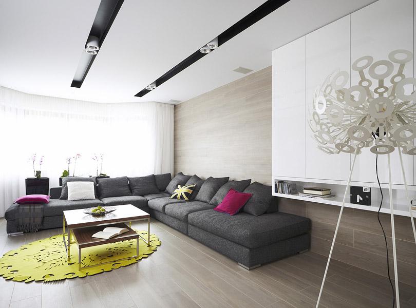 projektowanie wnętrz - dom z piaskowcem i lampą pająk