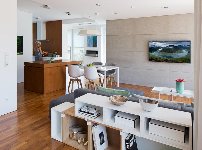 projektowanie wnętrz - dom z zieloną ścianą, kuchnia z wyspą
